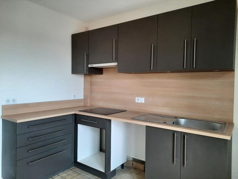 Rental apartment Roanne 835€ CC - Picture 2