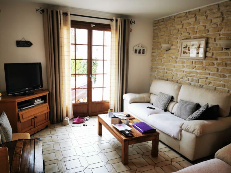 Sale house / villa Osny 446000€ - Picture 1