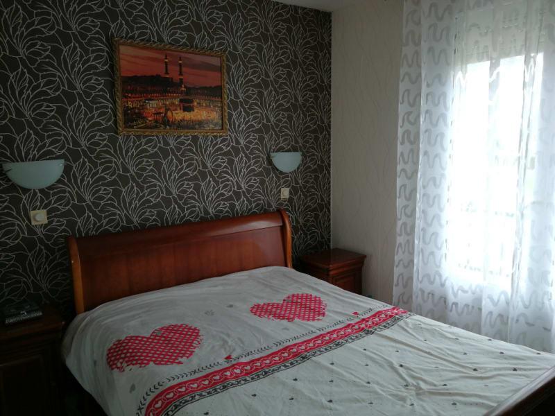 Sale house / villa Aiffres 176000€ - Picture 3