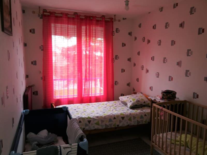 Sale house / villa Aiffres 176000€ - Picture 5