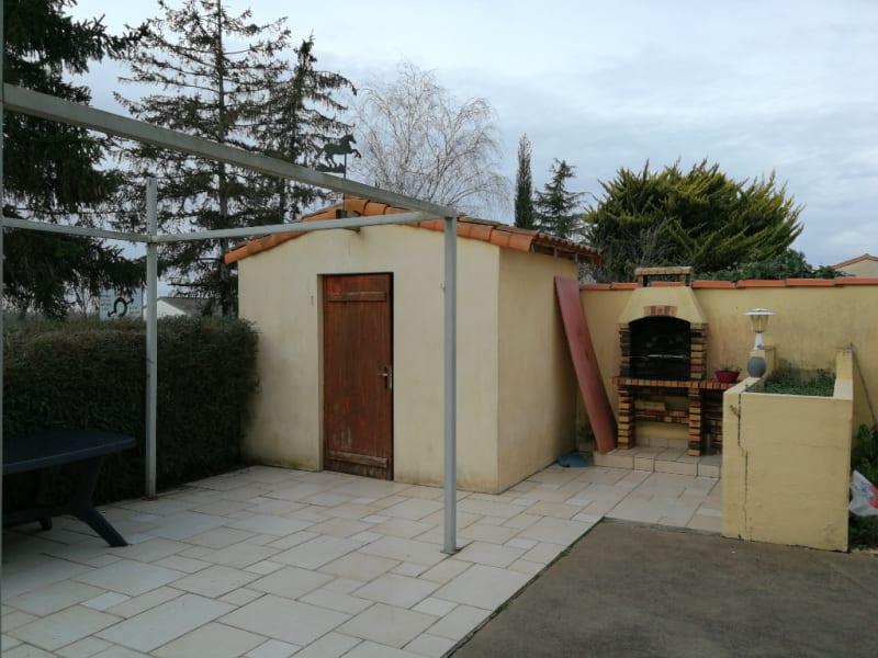 Sale house / villa Aiffres 176000€ - Picture 7