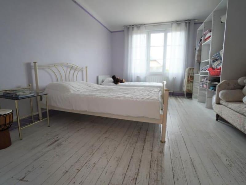 Sale house / villa Neuville sur sarthe 303000€ - Picture 5