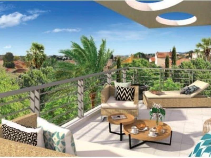 Sale apartment Six fours les plages 322000€ - Picture 2
