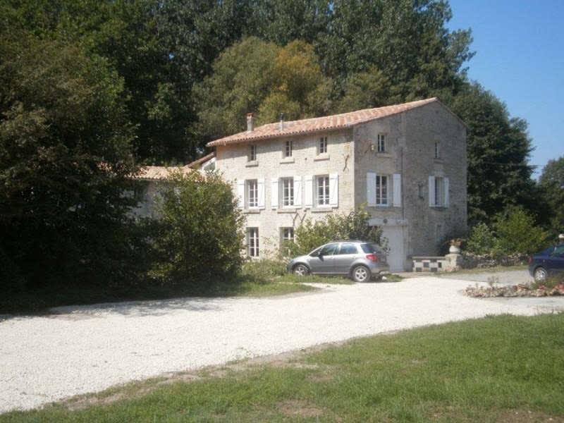 Location appartement St maixent l ecole 370€ CC - Photo 1
