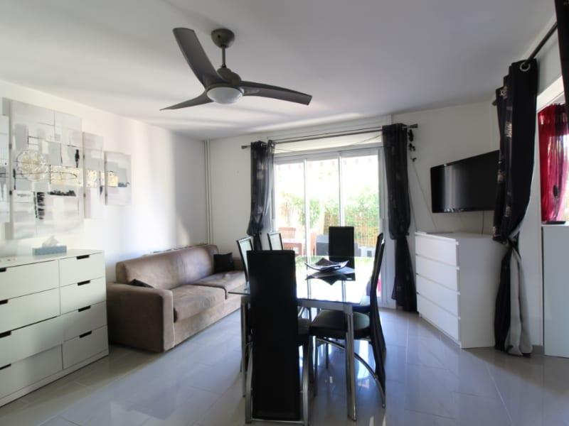 Vendita appartamento Hyeres 214000€ - Fotografia 4