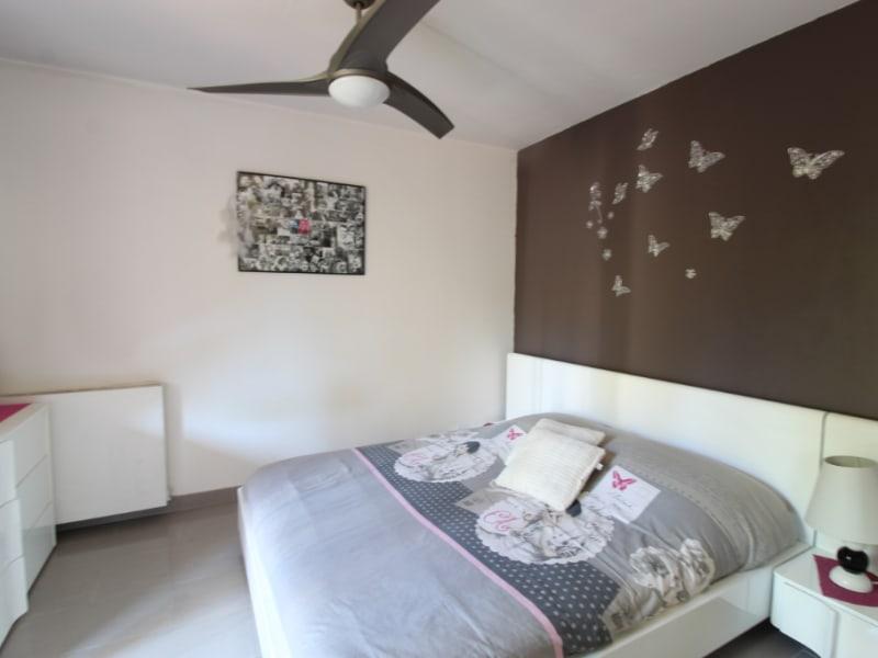 Vendita appartamento Hyeres 214000€ - Fotografia 5
