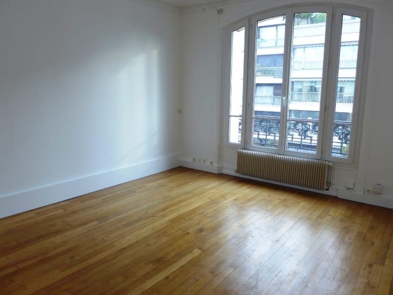 Rental apartment Garches 1340€ CC - Picture 1
