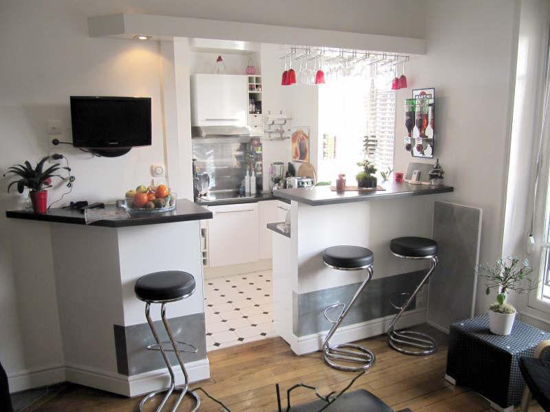 Rental apartment Courbevoie 1348€ CC - Picture 1