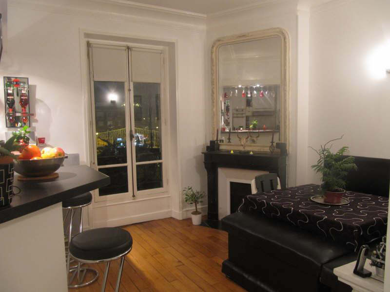 Rental apartment Courbevoie 1348€ CC - Picture 2