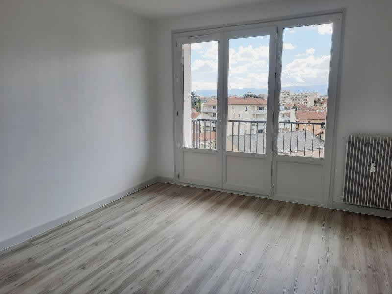 Rental apartment Roanne 580€ CC - Picture 2