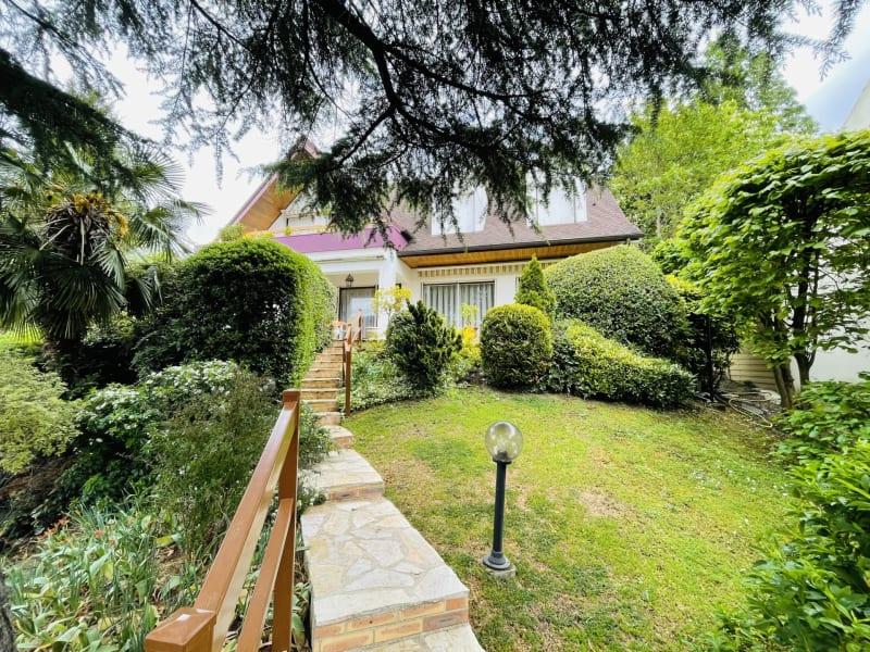 Sale house / villa Le raincy 1030000€ - Picture 1