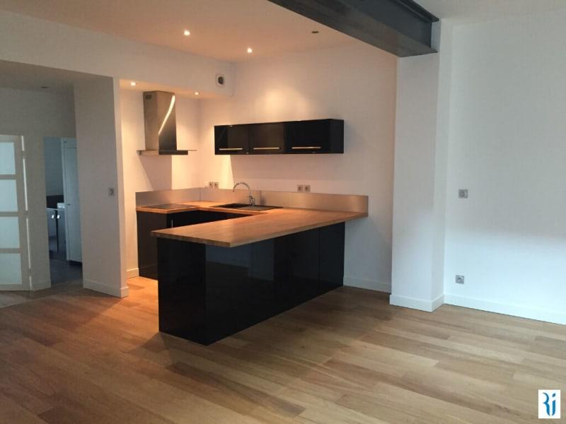 Rental apartment Rouen 783,42€ CC - Picture 1