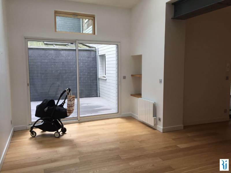 Rental apartment Rouen 783,42€ CC - Picture 2