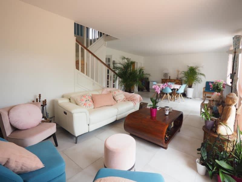 Sale house / villa Villepreux 567850€ - Picture 3
