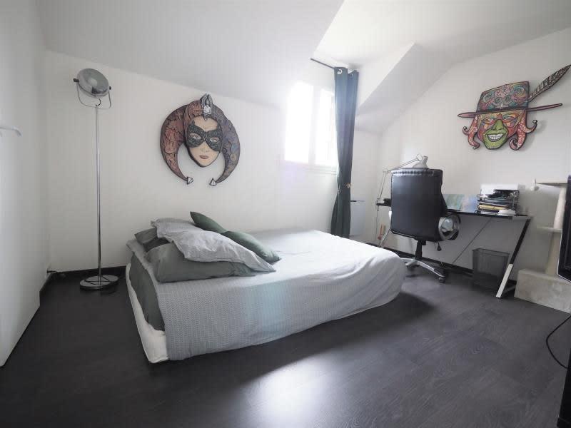 Sale house / villa Villepreux 567850€ - Picture 11