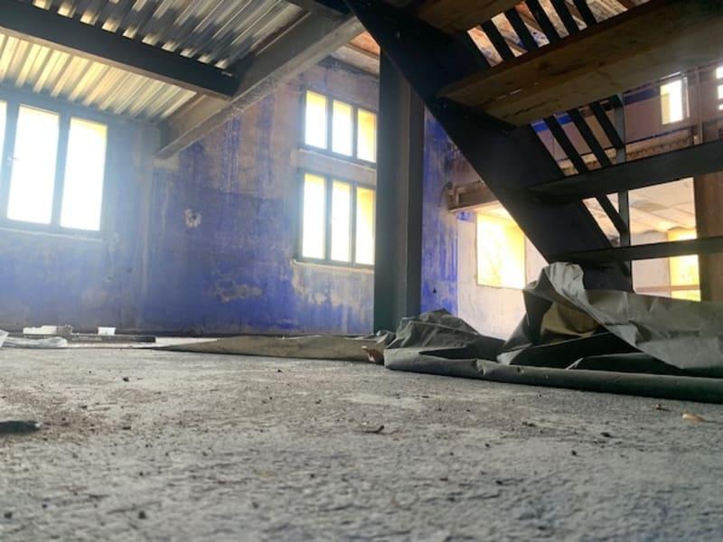 Rental empty room/storage Fontaines-sur-saône 4165€ HC - Picture 2