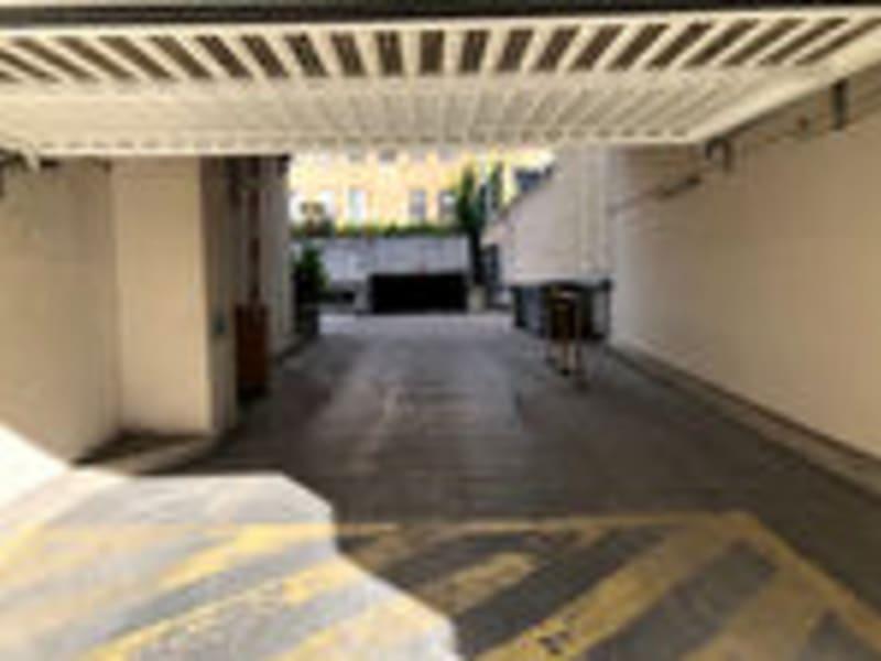 Garages en sous sol -VILLEURBANNE