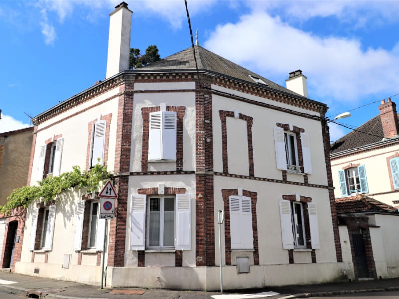 Sale house / villa Chartres 395000€ - Picture 1