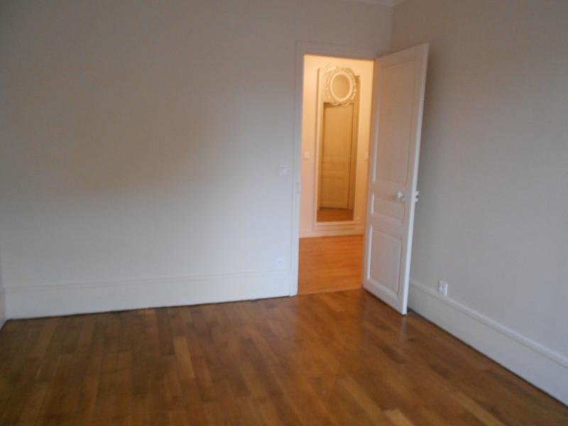 Location appartement Boulogne billancourt 1153€ CC - Photo 4