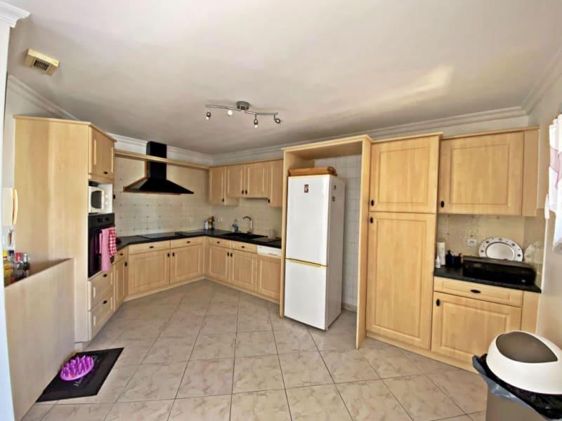 Sale house / villa Thezan les beziers 295000€ - Picture 5