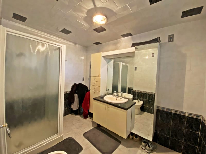 Sale house / villa Thezan les beziers 295000€ - Picture 9