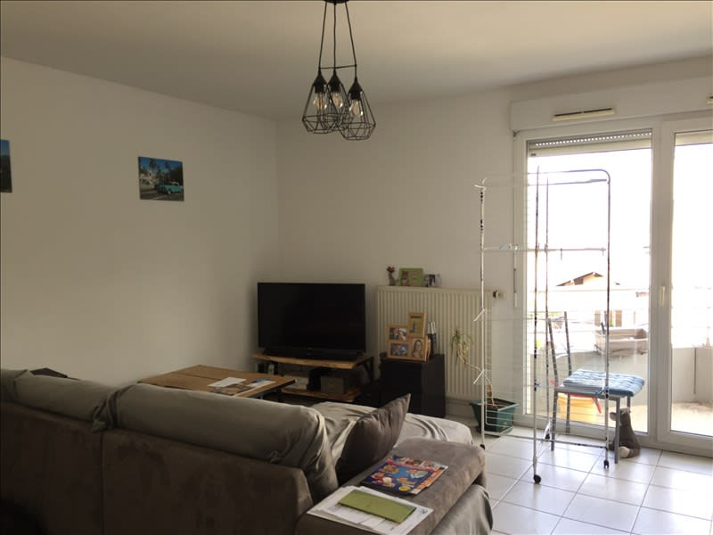 Rental apartment La roche sur foron 730€ CC - Picture 3
