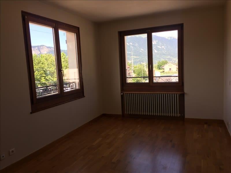Rental apartment Saint-pierre-en-faucigny 850€ CC - Picture 3
