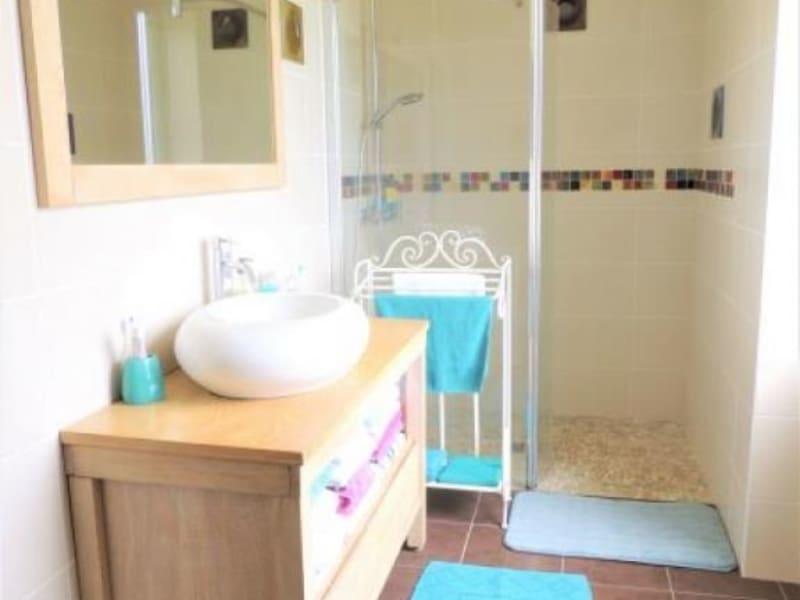 Sale house / villa Valeyrac 296000€ - Picture 9