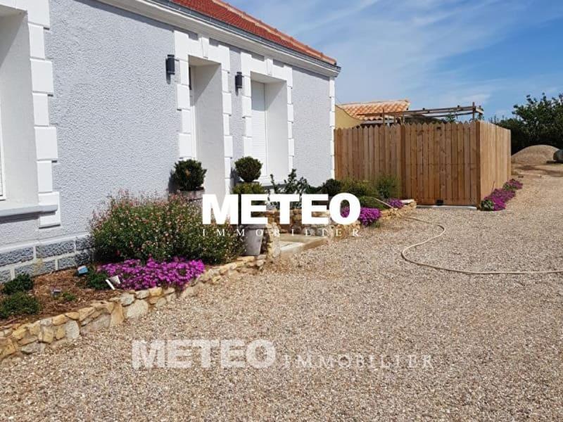 Sale house / villa Les sables d olonne 318000€ - Picture 8