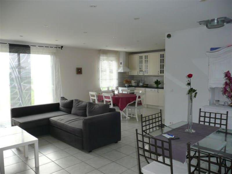 Location maison / villa Corquilleroy 920€ CC - Photo 2