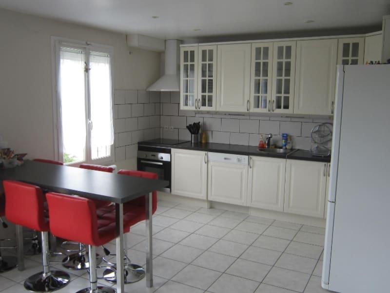 Location maison / villa Corquilleroy 920€ CC - Photo 4