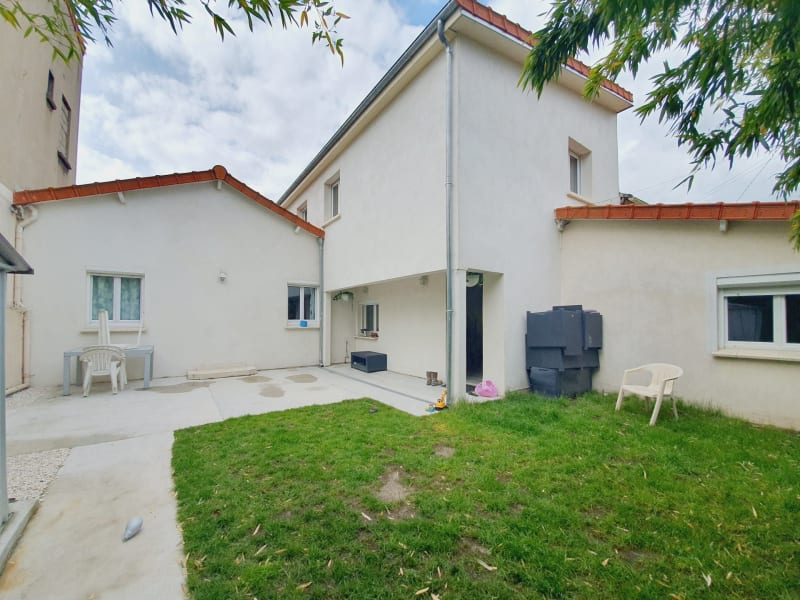 Sale house / villa Villemomble 430000€ - Picture 11