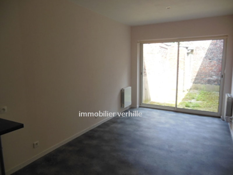 Rental apartment Armentieres 453,07€ CC - Picture 1