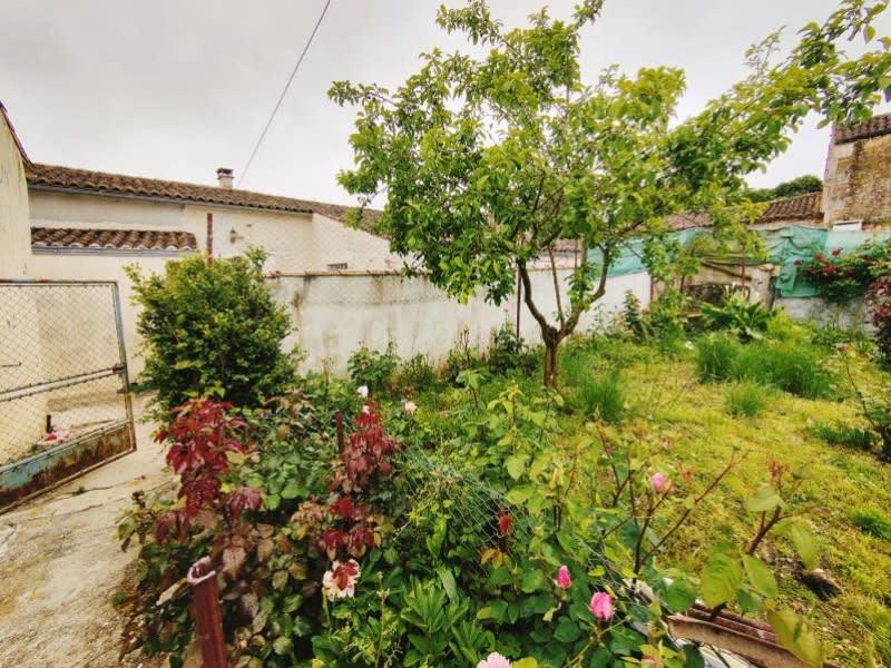 Vente maison / villa Cherves richemont 129000€ - Photo 2