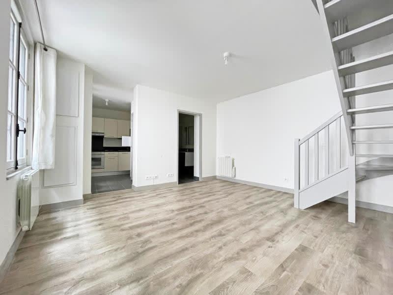 Rental apartment Rouen 673,50€ CC - Picture 1