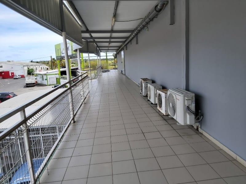 Location local commercial Morne a l eau 1100€ HC - Photo 2