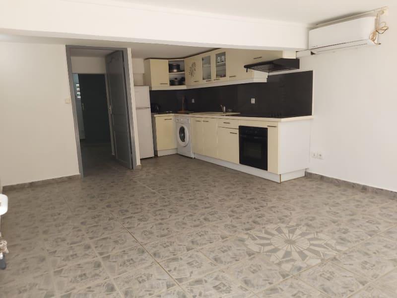 Location appartement Lamentin 650€ CC - Photo 2