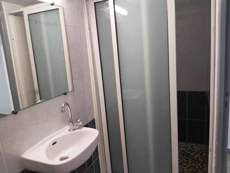 Location appartement Lamentin 650€ CC - Photo 4