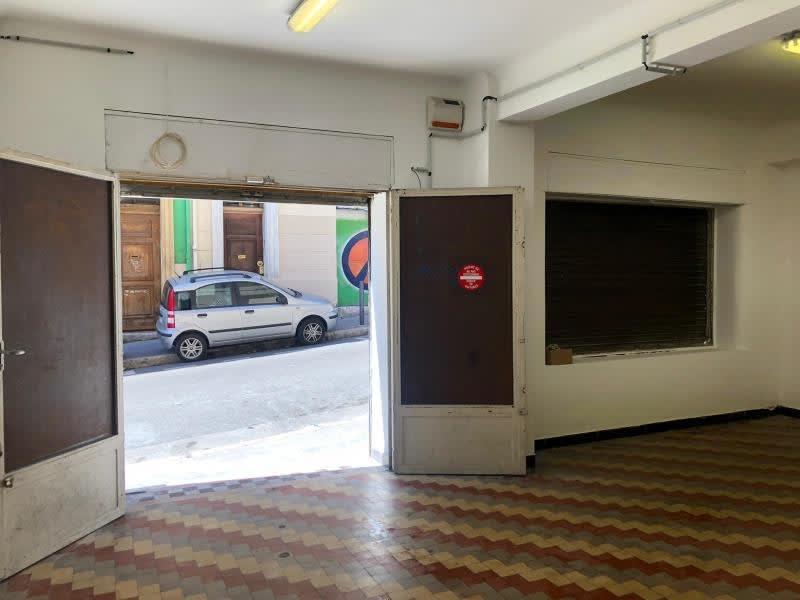 Rental empty room/storage Marseille 6ème 825€ HC - Picture 2