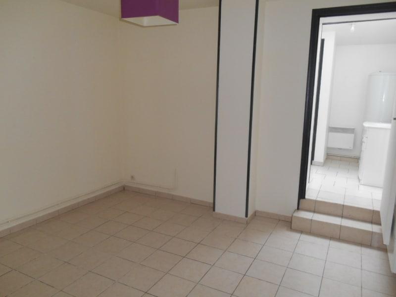 Rental apartment Saint quentin 395€ CC - Picture 6