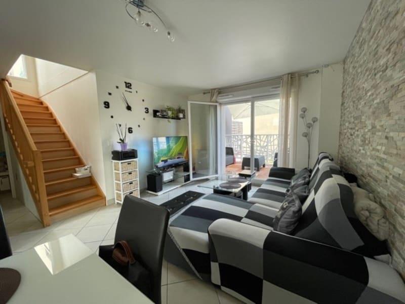 Sale apartment Eragny 274000€ - Picture 2