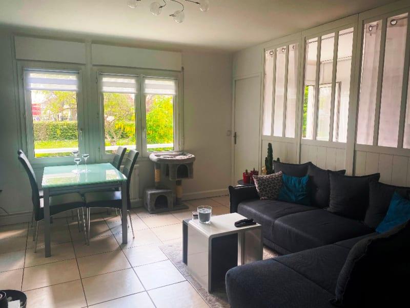 Sale apartment Sartrouville 270000€ - Picture 1