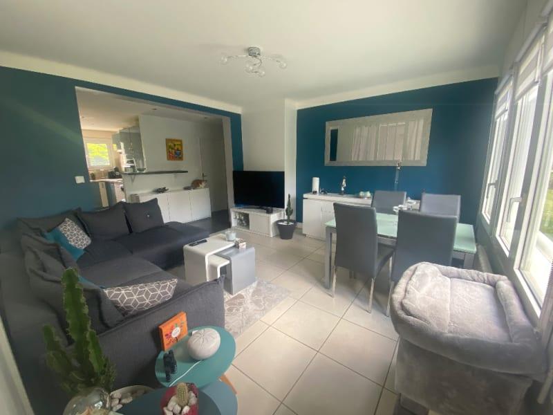 Sale apartment Sartrouville 270000€ - Picture 2
