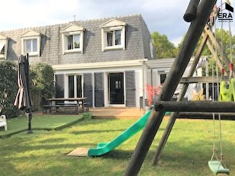Sale house / villa Lesigny 434000€ - Picture 1