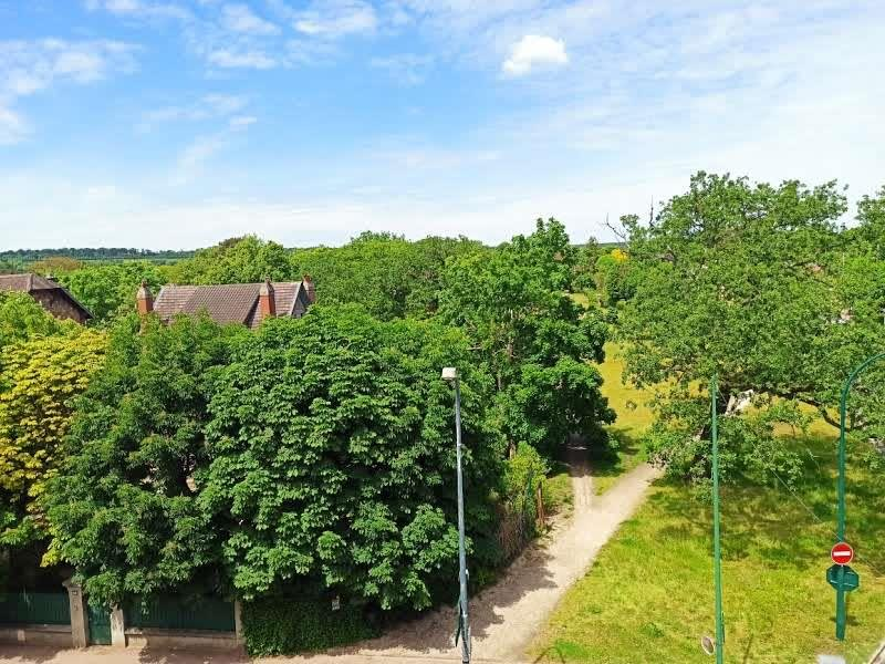 Rental apartment Le vesinet 1350€ CC - Picture 10