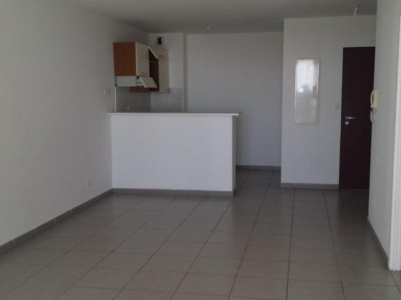 Location appartement Ste clotilde 622€ CC - Photo 4