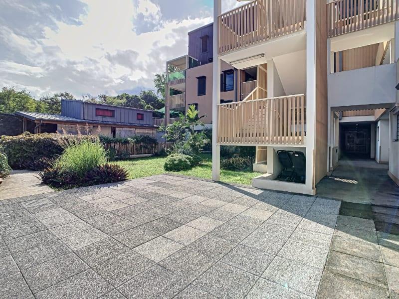 Rental apartment Saint pierre 1100€ CC - Picture 1