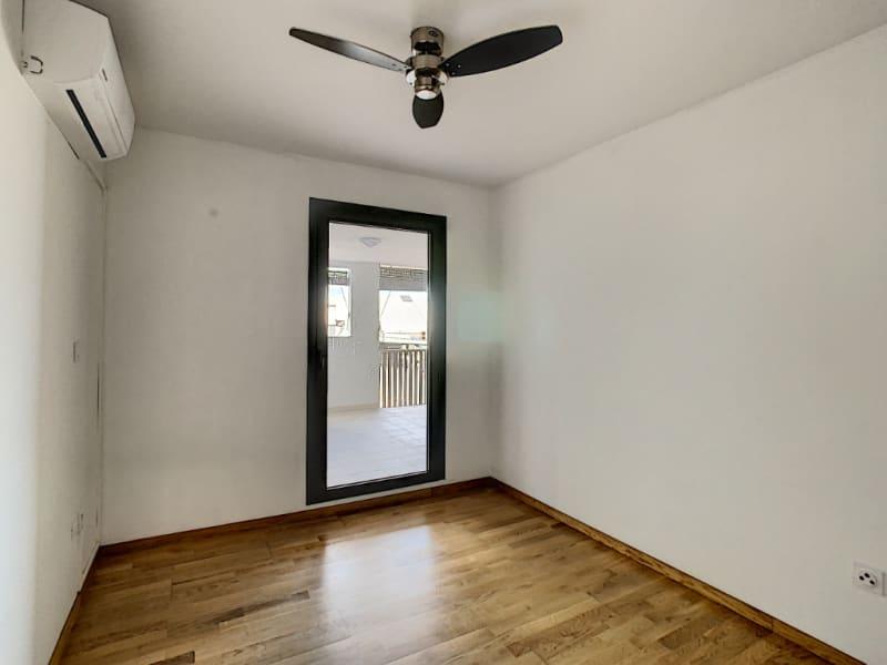 Rental apartment Saint pierre 1100€ CC - Picture 8