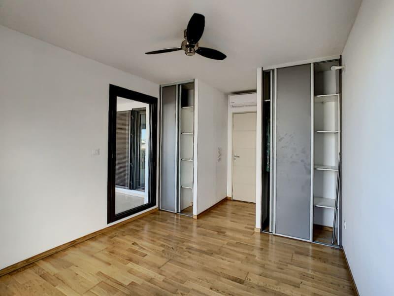 Rental apartment Saint pierre 1100€ CC - Picture 9