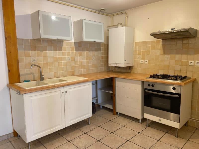 Rental apartment Rives 596€ CC - Picture 1